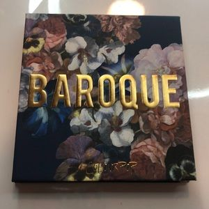 Baroque Colourpop eyeshadow palette